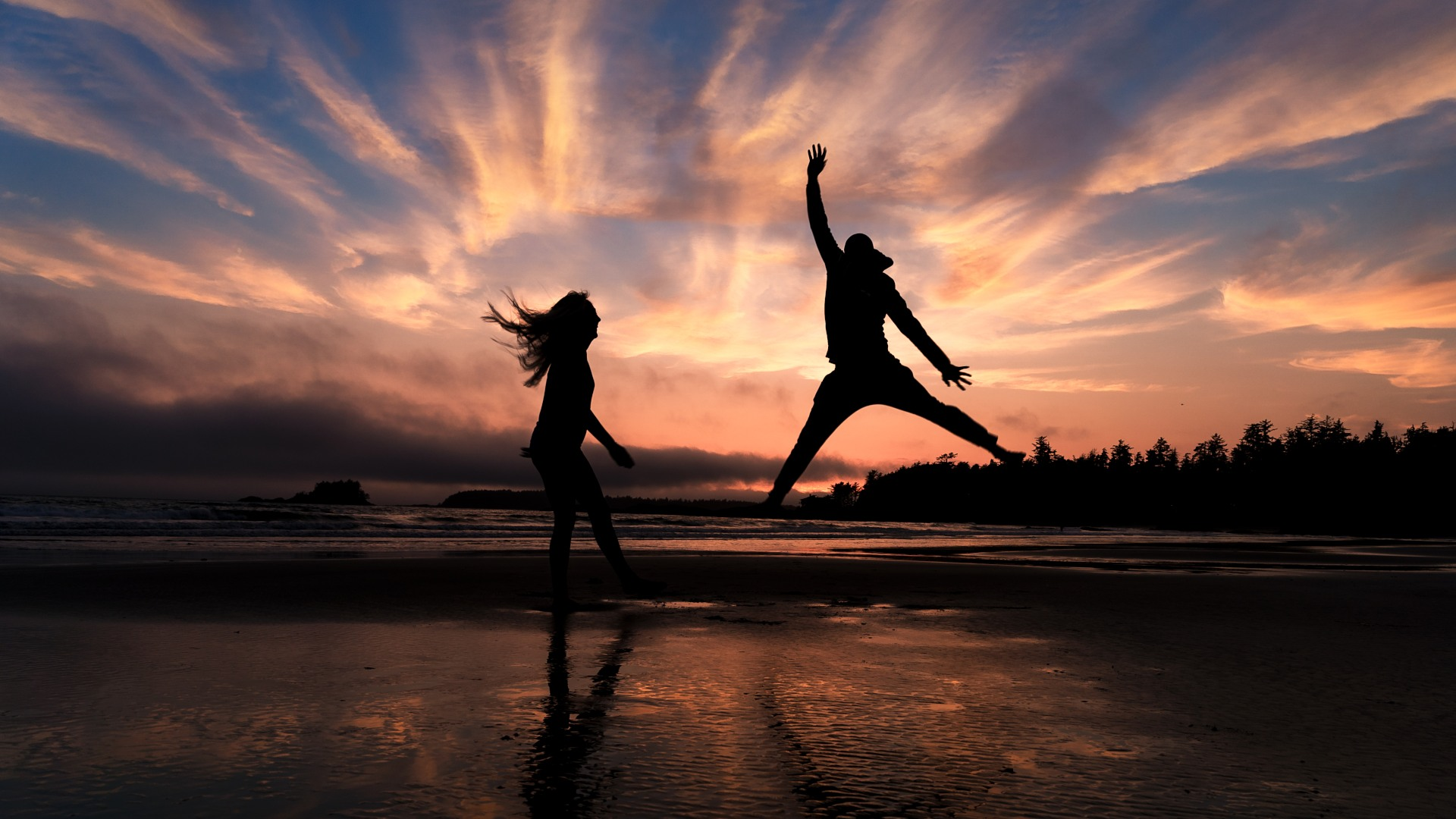 Banff Wedding Photographers Dancing on the beach